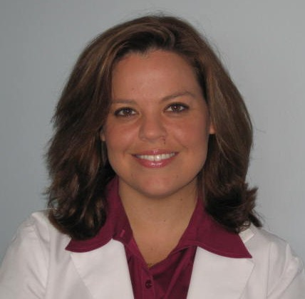 Knee Doctor Alexandra Schnee, DC